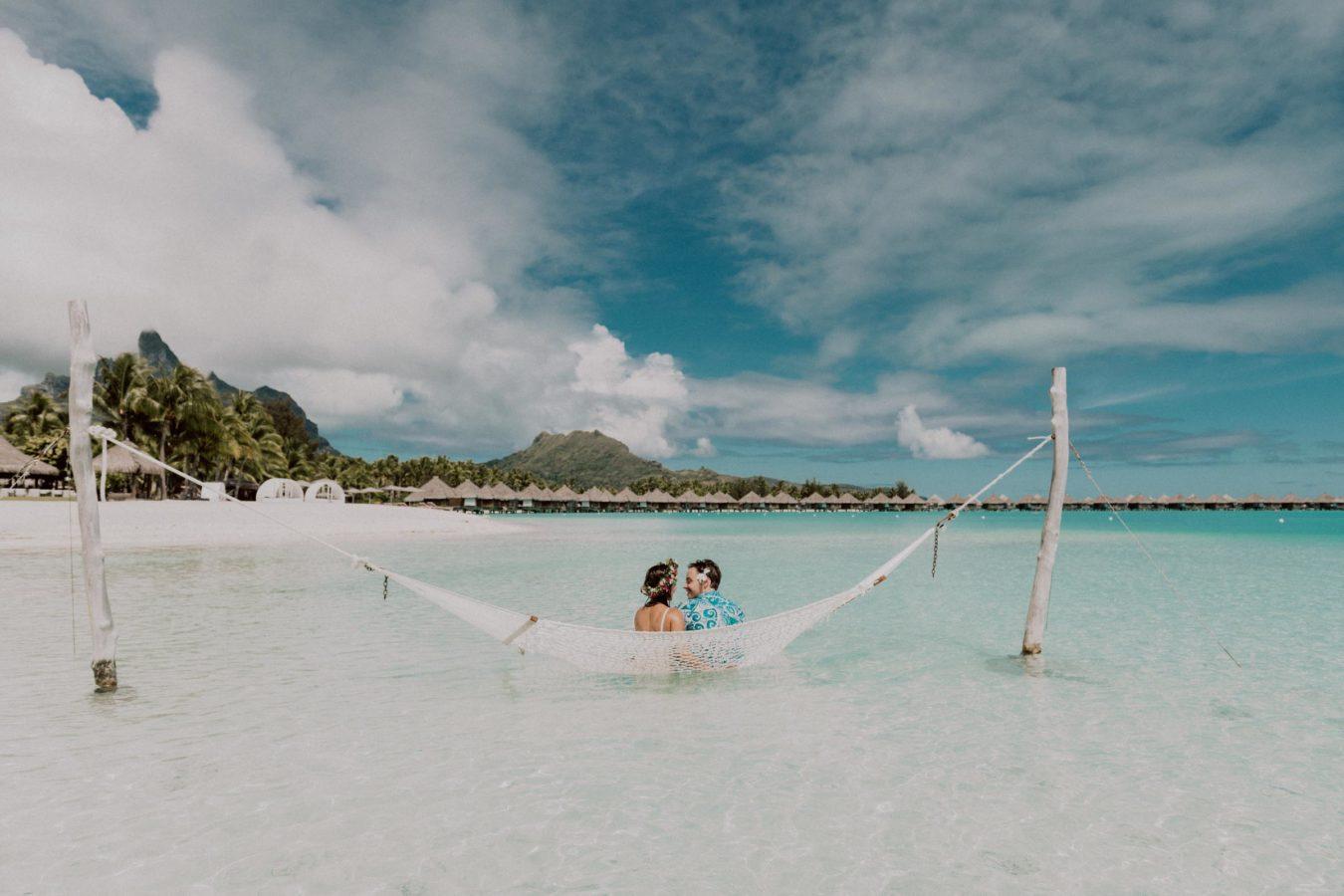 honeymoon photographer bora bora moorea tahiti