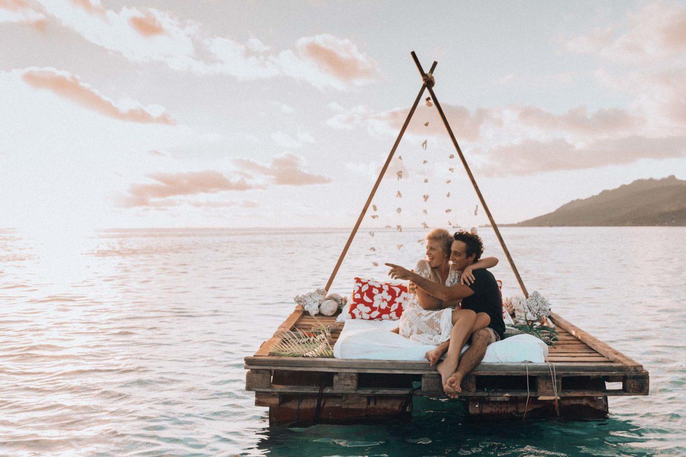 Un lit sur le lagon Moorea