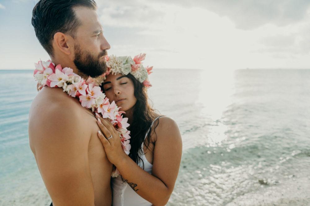 Séance photo couple plage matira bora bora
