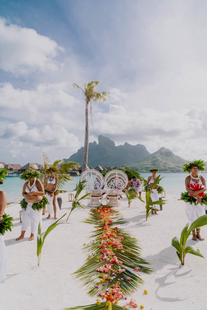 wedding venue Four Seasons Bora Bora