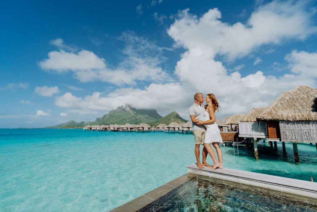 Bora Bora Prices : Overwater bungalow at the Four Seasons