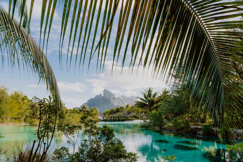 Bora Bora Prices : Four Seasons Bora Bora