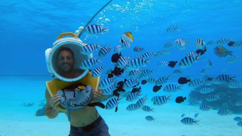 Best tours in Bora Bora - Helmet Dive