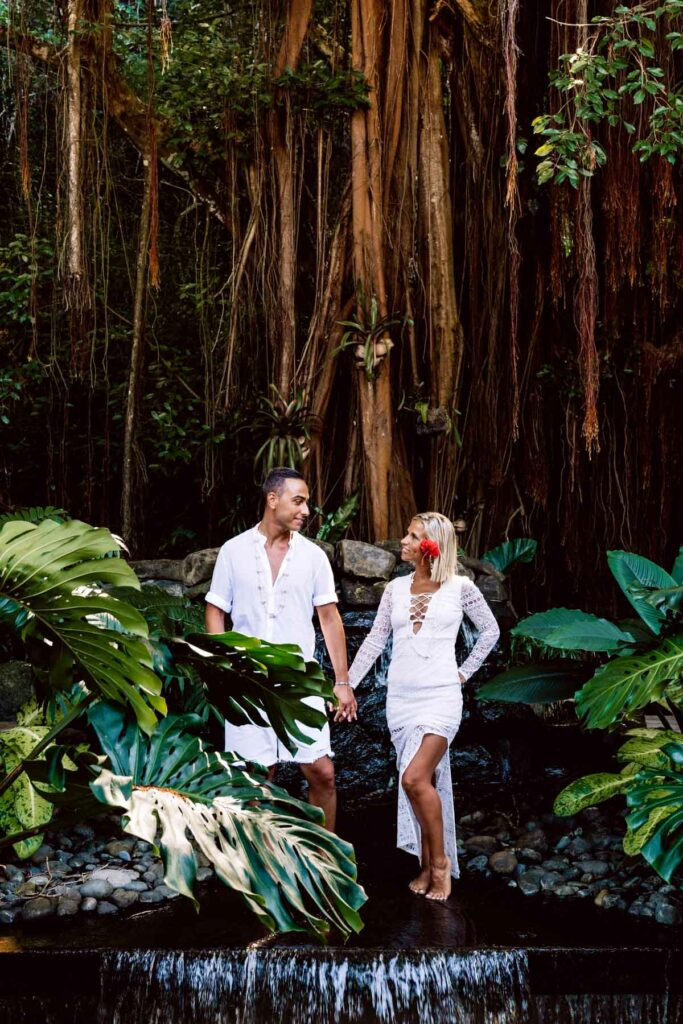 Photoshoot Conrad Bora Bora - Waterfall