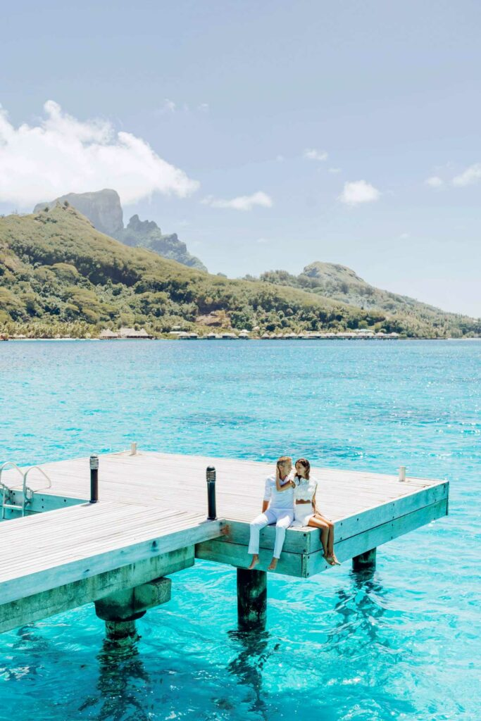 Photoshoot at the Intercontinental Le Moana Bora Bora - Overwater deck