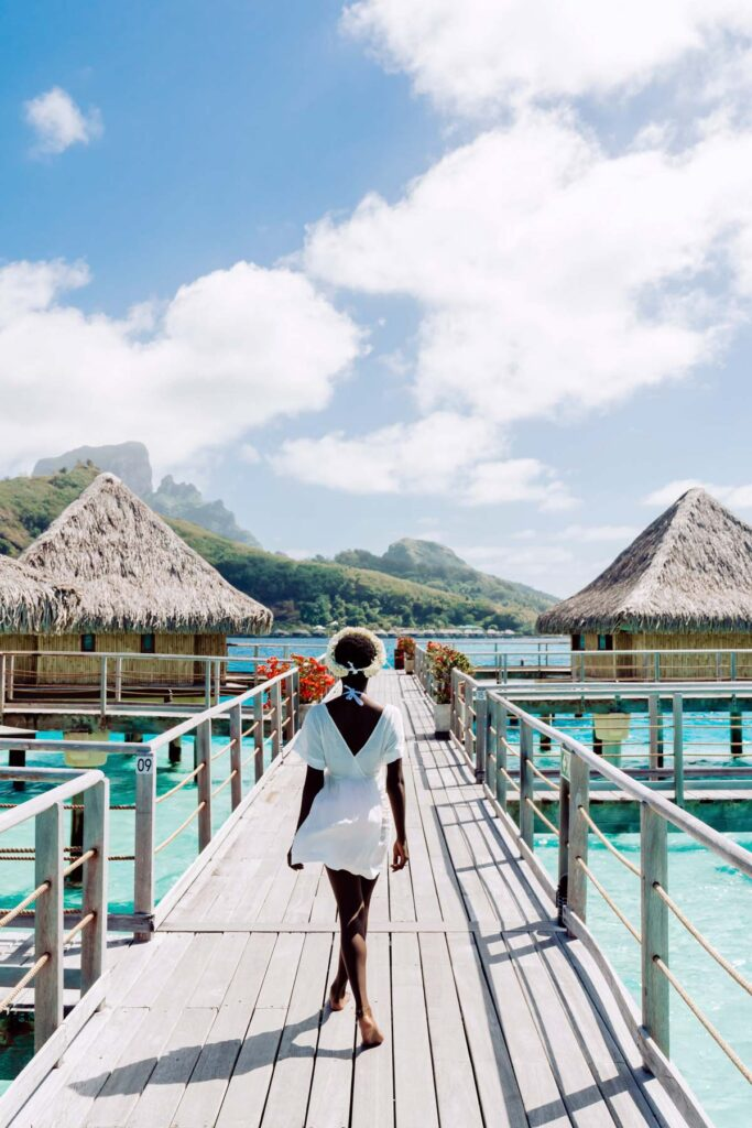 Photoshoot at the Intercontinental Le Moana Bora Bora - Bridges